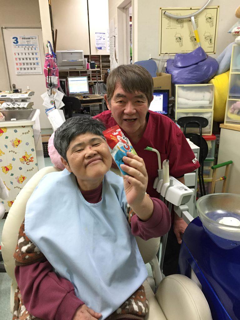 知的障害者と入歯の話